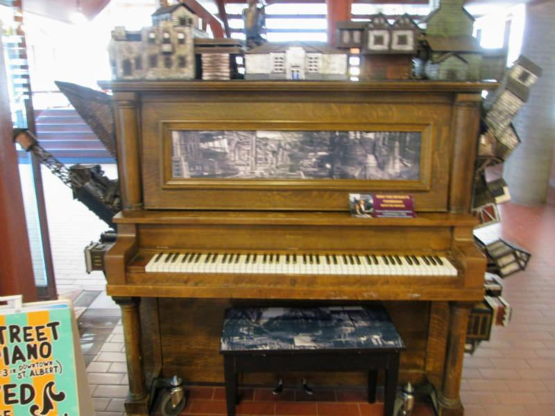 Topos piano in Edmonton, Alberta